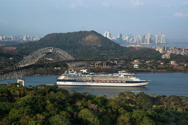 Panamakanalen med kryssningsfartyget Celebrity Infinity