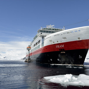 Hurtigrutens fartyg MS Fram Foto: Marsel van Oosten
