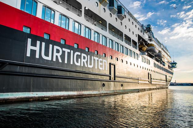 MS Trollfjord Hurtigruten Fot: Even Schjenken