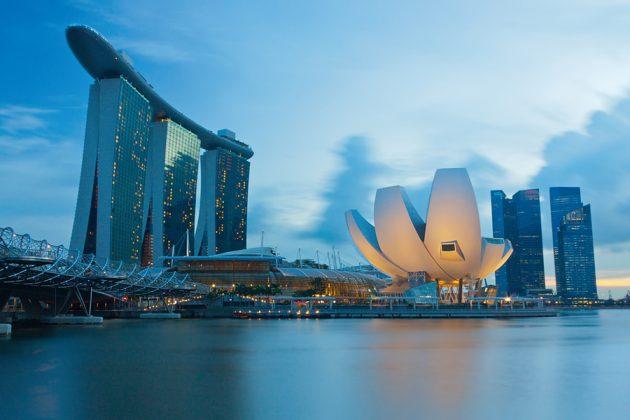 Marina Bay Sands och operahuset i Singapore.