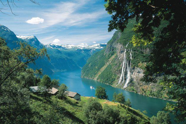Norge-Geiranger-vacker-fjord