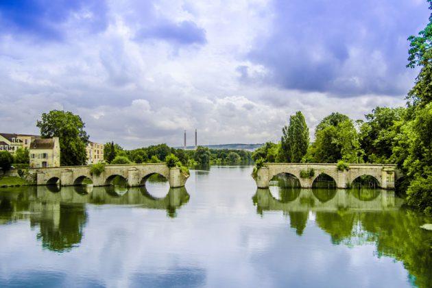 Medeltida bro över Seine