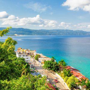 Vy över Montego Bay på Jamaica.